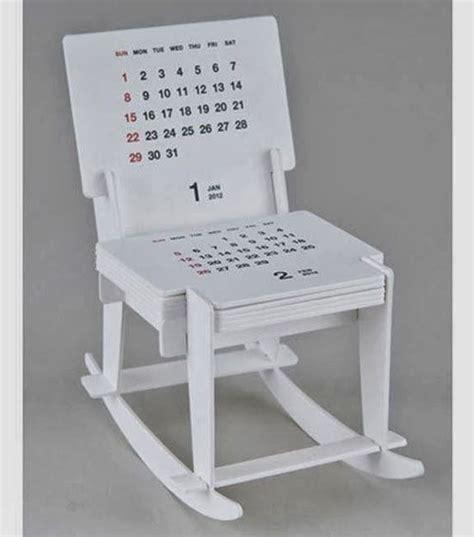 desain meja sablon presisi contoh desain kalender meja dengan tilan unik