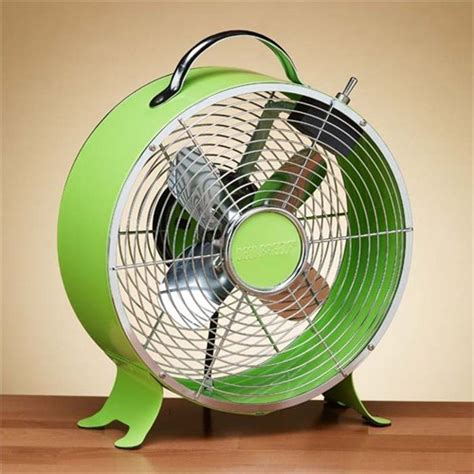 retro style desk fan introduce a pop of color with this vintage style metal
