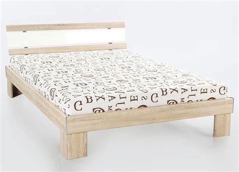 was genau ist ein futonbett rollrost 140x200 trendy rollrost x cm x with rollrost