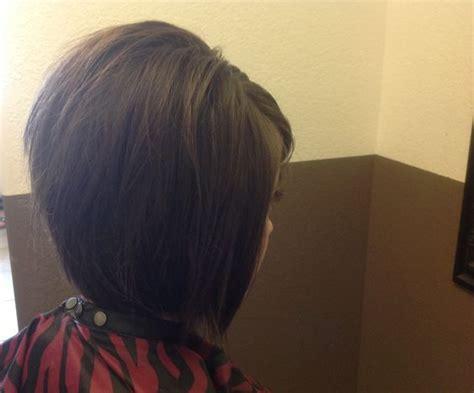 how to do a texture hair cut on black woman textured a line bob medium to short hair haircuts