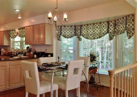 kitchen curtain valances ideas 25 best ideas about kitchen window valances on