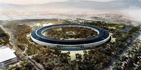 apple headquarters apple check out its spaceship cus under construction
