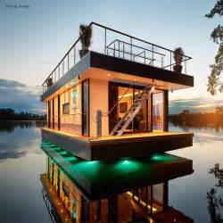 Pontoon Floor Plans eco friendly rev house houseboats are floating luxury