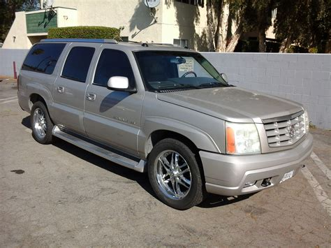 free car repair manuals 2004 cadillac escalade esv navigation system service manual how to change a 2004 cadillac escalade esv dipped beam replacement 2004