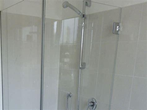 porte in vetro per doccia box doccia in vetro satinato porte vetro satinato bagno