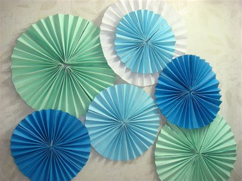 How To Make Paper Fan Flowers - a stuff paper fan flower decor