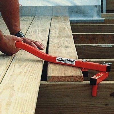 straightening deck tool board wood push pull close gap