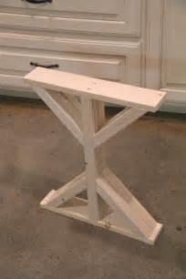 Diy Wood Desk Diy Wood Desk Plans Wooden Necklace Holder
