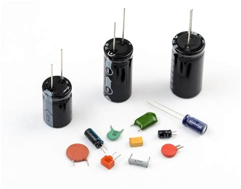 capacitor with dielectric medium how does a capacitor work