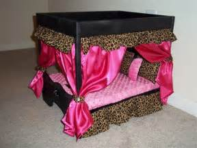 Pet Canopy Bed Doggie Couture Shop Out Of Sight Luxury Canopy Beds In Plain Sight Stylish