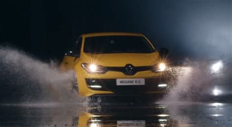 home wot f1 inspired renault megane rs hot hatch unveiled w new renault megane rs 265 makes video debut autoevolution