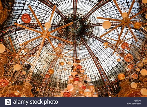 the dome interior christmas decorations at galeries