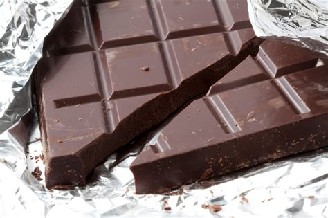 eating chocolate before bed the 5 worst foods to eat before bed