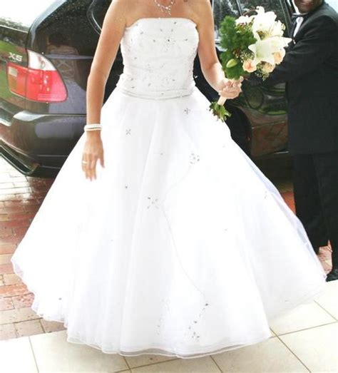 Clearance Wedding Dresses by Clearance Sale Wedding Dresses Flower Dresses