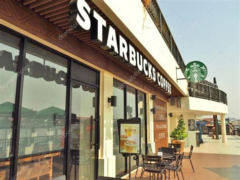 Coffee Di Starbuck starbucks coffee shop foto editoriale stock 169 mrnovel 109209090