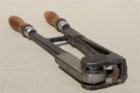 antique keystone press sealer tool  pressing lead