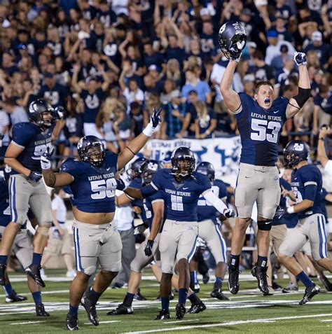 Utah State Search Changing My Lens Utah State Defeats Utah 27 20 In Overtime Ncaa Football 2012
