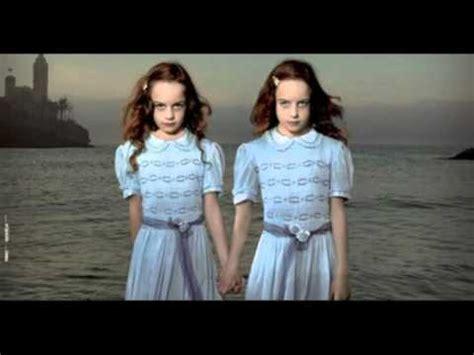imagenes de gemelas terrorificas las gemelas de las carretera youtube