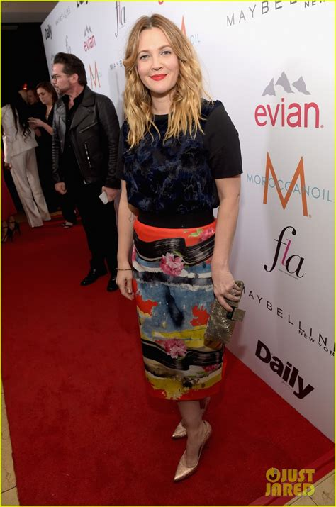 Drew To Front Fashion Caign by Drew Barrymore In Zara And Milly