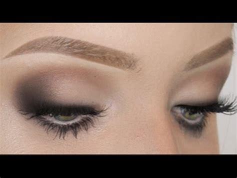 Eyeshadow Hooded Tutorial how to apply eye makeup for hooded makeup vidalondon