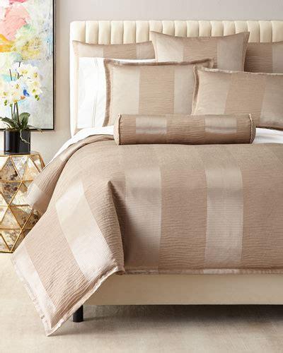 Premium Bedding Sprei 2 luxury bedding sets at neiman