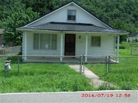houses for sale in johnson county ky johnson county kentucky fsbo homes for sale johnson county by owner fsbo ky
