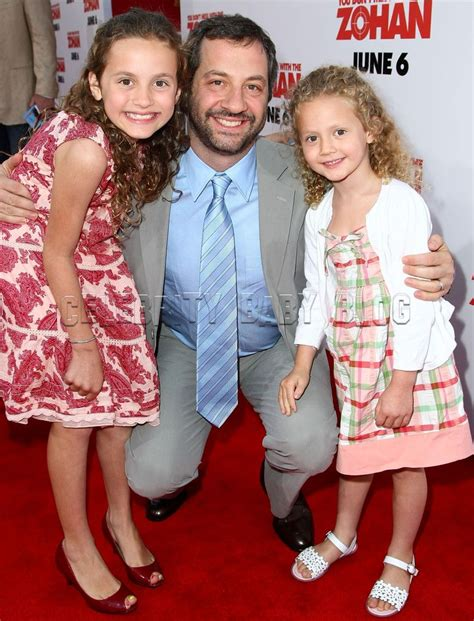 leslie mann children s names judd apatow and daughters arrive at you don t mess with