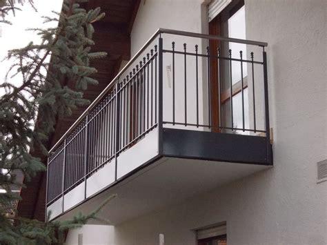 balkongeländer aus metall balkongel 228 nder kirchberger metallbau