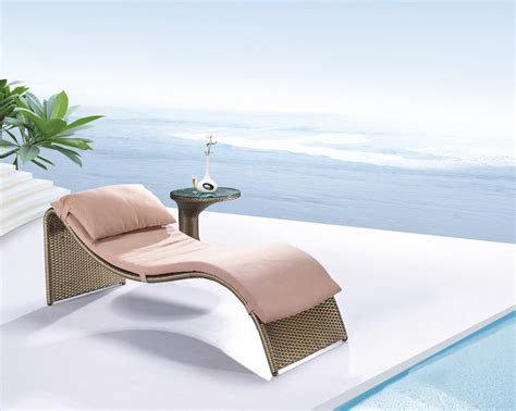 Chaise Lounge Chairs Outdoor Pool Design Ideas Outdoor Chaise Lounge For Backyard Pool Amaza Design