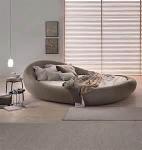 rund bett rundbett im schlichten italienischen design roomido
