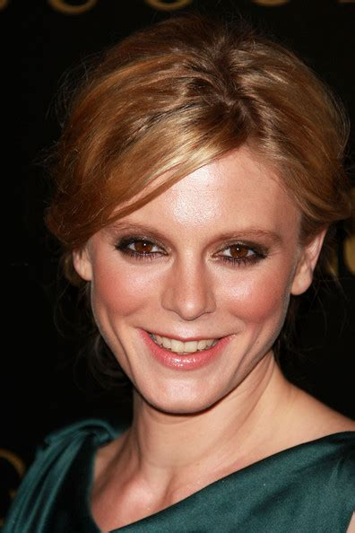 emilia fox hairstyle 2009 short hairstyle from erin o connor aaa fashion