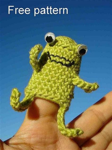 free froggy finger puppet crochet pattern crochet ideas