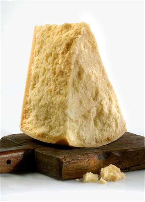 parmigiano reggiano recognizing the most famous italian cheeses rizkyana s blog