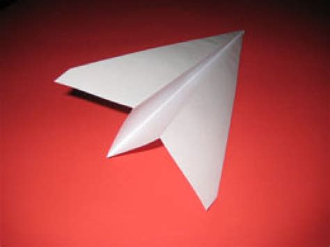 How To Make A Regular Paper Airplane - how to make a paper airplane hubpages