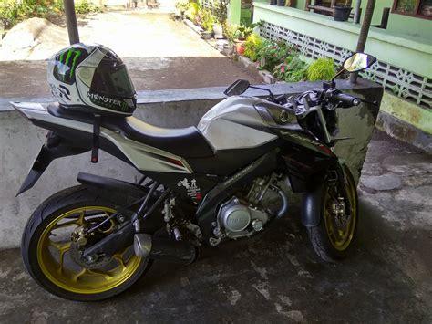 Helm Vixion New review helm hjc rpha 11 indonesia indy lorenzo modifikasi co id