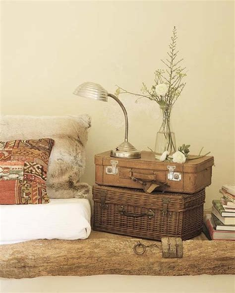 Home Decor Trunks by Vintage Trunks And Suitcases For Home Decor Ideas For