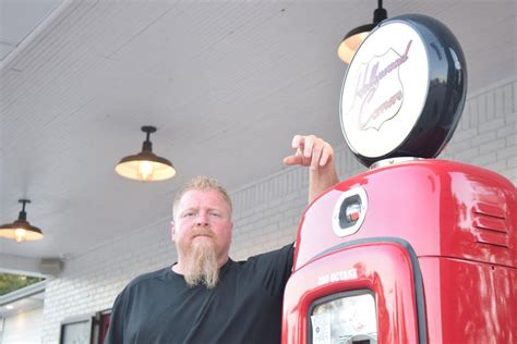 toby keith restaurant norman the hollywood corners renaissance q a with owner toby