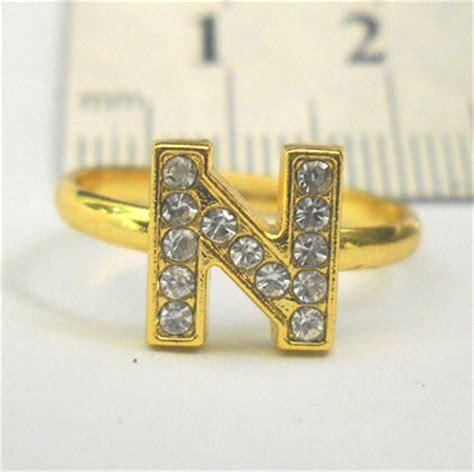 Cincin Emas 379 pernikahan pernak pernik lucu cincin huruf warna emas dengan huruf n