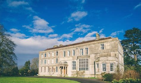 Supplier Real Indian Set By Hana elmore court wedding venue gloucestershire
