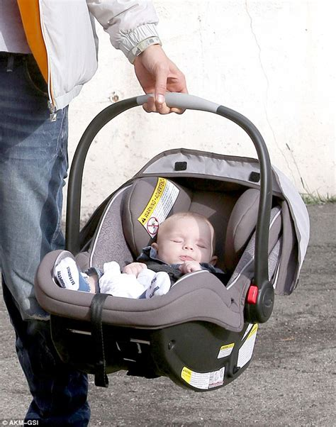 car seat for 18 month uk josh duhamel is a on as he carefully loads
