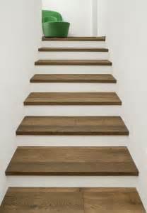 treppe holz 220 ber 1 000 ideen zu treppengel 228 nder holz auf