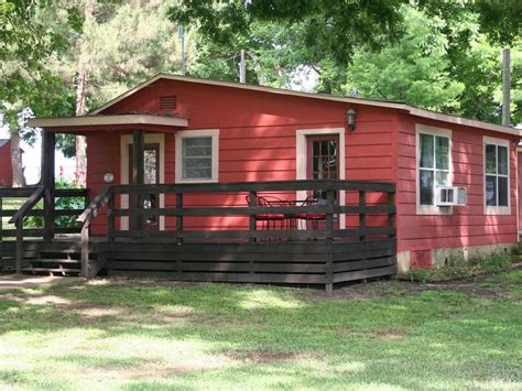 Cabins On The Guadalupe by C Willow Cabin Cabin On Beautiful 2 5 Acres