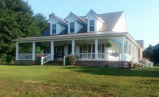 Country House Plans With Porch Country Style House Plan 4 Beds 3 Baths 2039 Sq Ft Plan