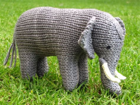 small knitted patterns ellie the knitted elephant and a small giveaway