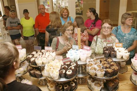 natalie brown cedar falls ia scratch cupcakery to open store in coralville business