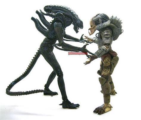 Email Neca Predator Classic Appearance Figure neca avp classic predator warrior prometheus figur