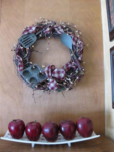 kitchen wreath for creating wreaths pinterest