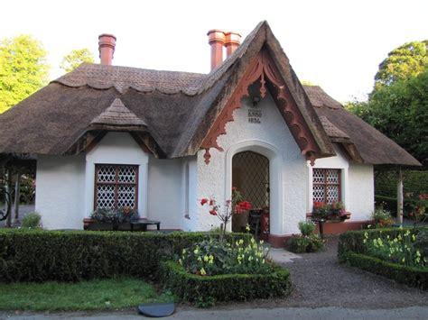 ireland cottage thatched cottage killarney national park killarney
