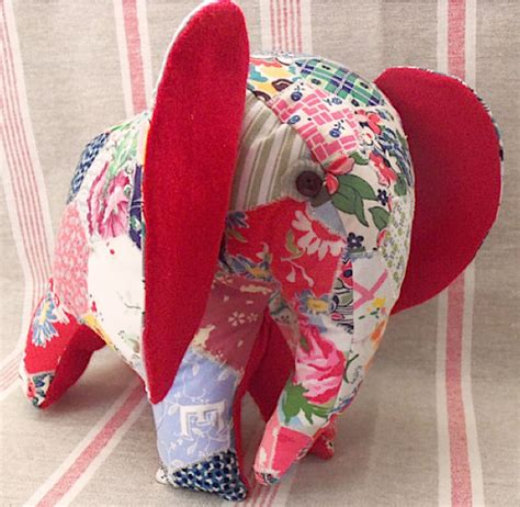 Patchwork Animal Patterns - free patchwork elephant pattern