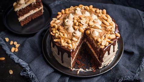 snickers kuchen vegan snickers torte ohne raffinierten zucker und 100 vegan